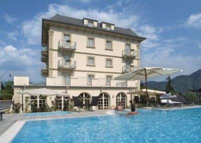 Hotel-Lario-Front-2